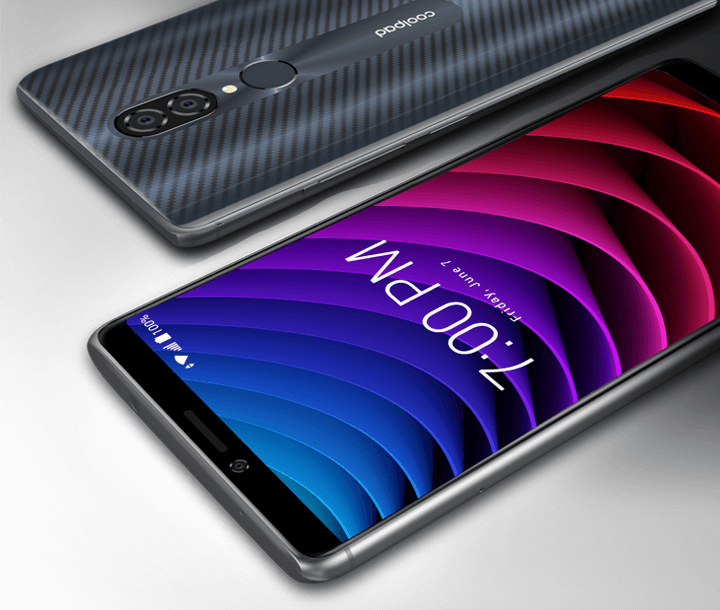 DESIGN  Premium Design Carbon fiber accents and smooth curves compliment the Coolpad Legacy's premium design.